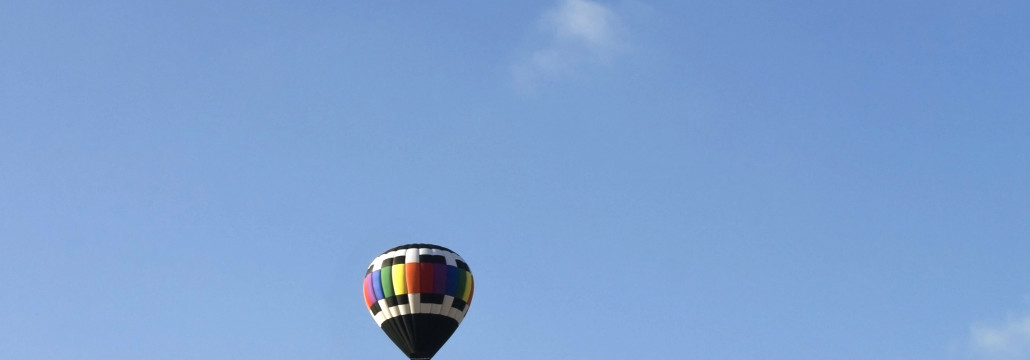 many-hot-air-balloons-1030×360